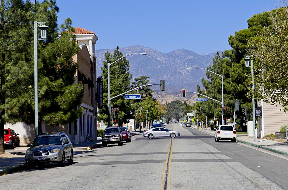 San Gorgonio Ave looking north